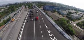 Автобус на градски транспорт и лека кола се удариха на Аспаруховия мост във Варна