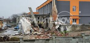 Парен котел гръмна, срути сграда в Харманли (ВИДЕО+СНИМКА)