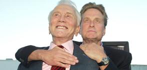 Кърк Дъглас – живата легенда на киното на 103 години (СНИМКИ)