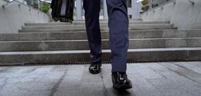 Авторът на пенсионната реформа във Франция подаде оставка