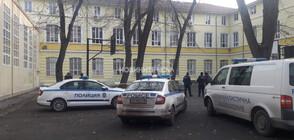 Ученик падна от третия етаж на Английската гимназия в Русе и почина (ВИДЕО)