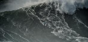 ОЦЕЛЯВАНЕ ПО ЧУДО: Известен сърфист се спаси след сблъсък с гигантски вълни (ВИДЕО+СНИМКИ)