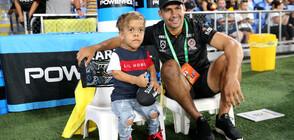 ГОЛЯМО СЪРЦЕ: Тормозеното австралийско момче дарява 475 000 долара за благотворителност (СНИМКИ)