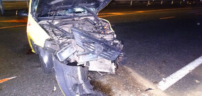 Мъж загина при тежка катастрофа между тир и кола (СНИМКИ)