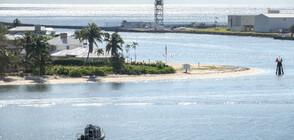 """Круизният кораб """"Заандам"""" акостира във Флорида след """"изчистване"""" от COVID-19"""