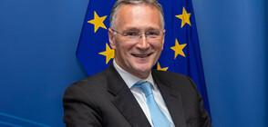 Шефът на научната структура на ЕС подаде оставка заради COVID-19