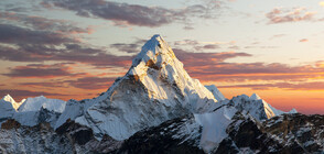 Намериха микрочастици пластмаса на връх Еверест