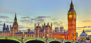 Първа оставка в британското правителство, заради скандала със съветника на Борис Джонсън