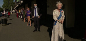 """Изложиха восъчни фигури пред """"Музея на мадам Тюсо"""" в Лондон (ВИДЕО)"""