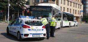 Стабилно е състоянието на моториста, пострадал при катастрофа с автобус в София