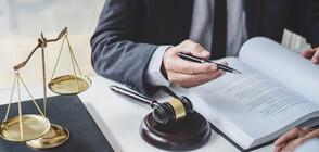 Как юристите разчитат хода на премиера?