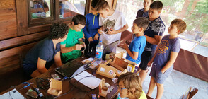 """""""Тинузавър"""" вдъхнови деца за авторски робо проекти"""