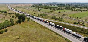 """8-километрова колона от камиони на """"Дунав мост 2"""" (ВИДЕО+СНИМКИ)"""