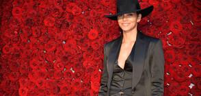 Холи Бери потвърди за връзката си с певеца Ван Хънт