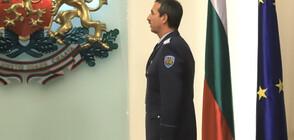 Шефът на ВВС - с COVID-19, Каракачанов се самоизолира