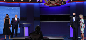 НЕЛОВЪК МОМЕНТ: Мелания изтръгна ръката си от тази на Тръмп по време на дебата (ВИДЕО+СНИМКИ)