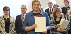 Евродепутатът Искра Михайлова е с коронавирус