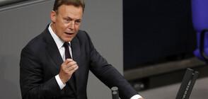 Зам.-председателят на Бундестага почина след припадък по време на интервю