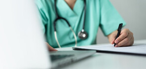 Професор: Има остър недостиг на медицински сестри и акушерки