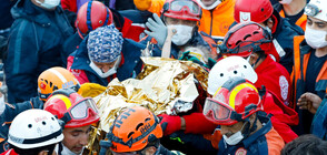 Спасиха 3-годишно дете под развалините в Измир (ВИДЕО+СНИМКИ)