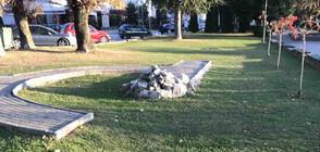 Поругаха паметника на загиналите в Охридското езеро българи (СНИМКИ)