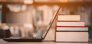 Дават допълнителни пари за интернет на учителите