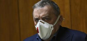 Кантарджиев: Спадът на антителата след ваксина не е болка за умиране - човек остава защитен