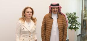 Вицепремиерът Николова се срещна с министъра на космонавтиката на Рияд