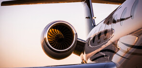Самолет започна да се разпада във въздуха (ВИДЕО)