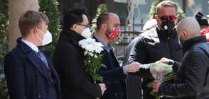 Близки и приятели се сбогуваха с Георги Коритаров (ВИДЕО+СНИМКИ)
