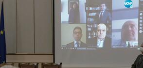 Слави Трифонов се закле като депутат дистанционно