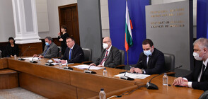 Здравните власти наблюдават български щам на коронавируса (ВИДЕО)