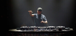 DJ изнесе концерт на 3000 м височина в швейцарските Алпи (ВИДЕО)