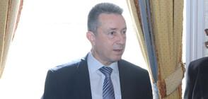 Служебният правосъден министър представя екипа си