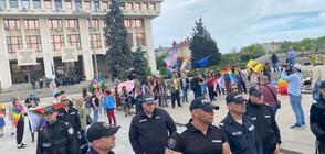 Гей парад и контрамитинг в Бургас (ВИДЕО+СНИМКИ)