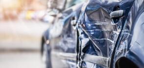 Кола се вряза в електрически стълб, има загинали