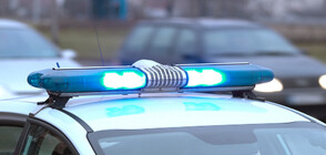 ГОНКА КАТО НА КИНО: Шофьор блъсна многократно патрулка, за да избегне проверка