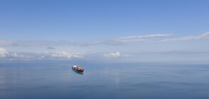 Похитителите на танкер в Персийския залив слязоха от борда