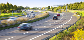 Цивилни коли радари дебнат за нарушители по пътищата във Франция