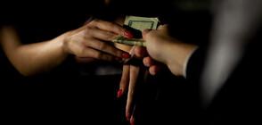 Премиерът на Испания обеща: Проституцията в страната ще бъде криминализирана