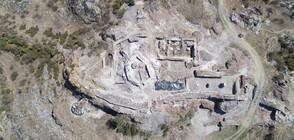 Откриха 50 древни рисунки в средновековния град Русокастро (СНИМКИ)