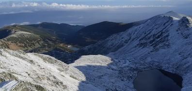 Първи сняг на Мусала (СНИМКИ)