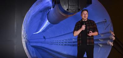 Мъск представи подземен тунел за намаляване на трафика (ВИДЕО+СНИМКИ)