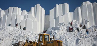 Снежните и ледените скулптури в Харбин станаха жертва на топлото време