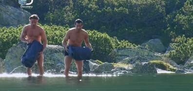 """Пътешественикът Беър Грилс плувал в езеро и ловувал в парк """"Рила"""" (ВИДЕО+СНИМКИ)"""
