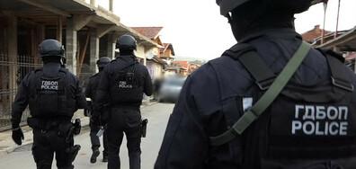 17 души са задържани при спецоперацията срещу най-голямата престъпна група за трафик на мигранти