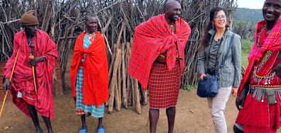 """""""Без багаж"""" разкриват тайните на сафари туризма в Кения"""