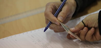 Първите часове от изборния ден във Варна: Слаба активност в цялата област (ВИДЕО)