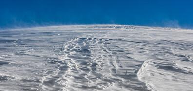 """Дъждовете и снегът """"изрисуваха"""" склоновете на Алпите (СНИМКИ)"""