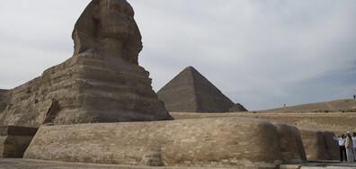 Откриха мини копие на Сфинкса при разкопки в Египет (СНИМКИ)